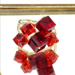 Ocean Fashion Jewelry - Red square crystal golden ring